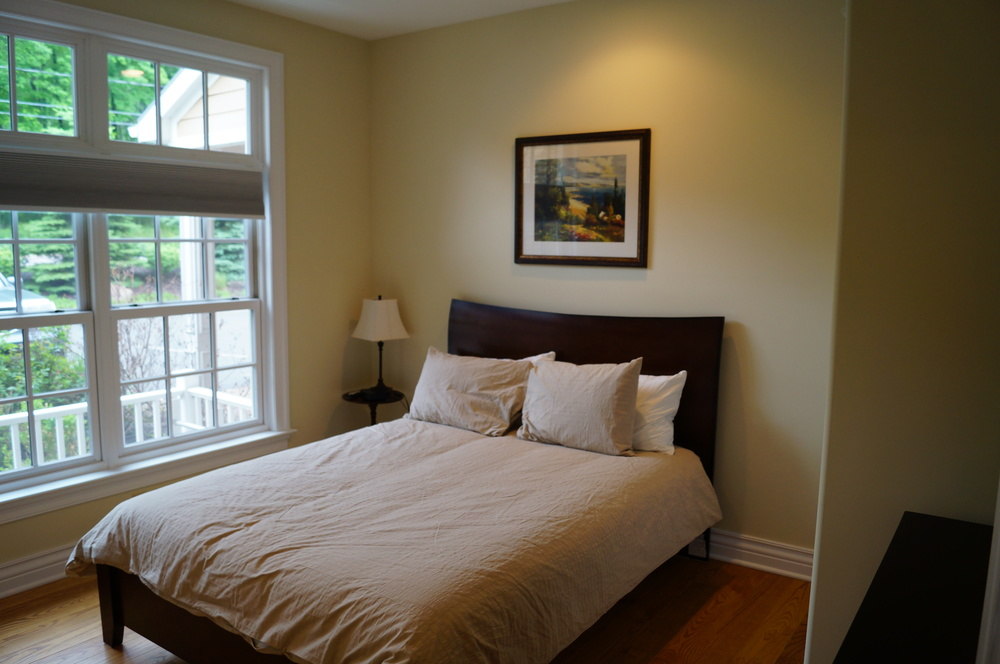 Main Floor - Queen Bedroom