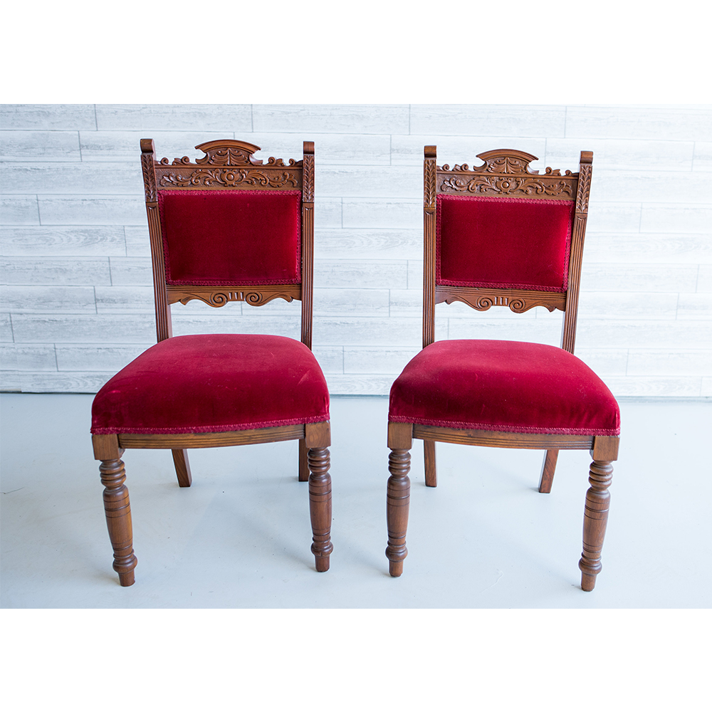 Red Queen Chairs
