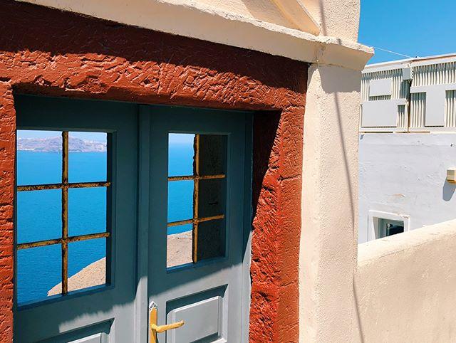 Yesterday's visit to Santorini • • • • #croatia #dubrovnik #travelphotography #vsco #500px #vscam #TheLensBible #justgoshoot #createyourhype #thecreative #shoot2kill #explore #adventure #artofvisuals #photography #vscam
