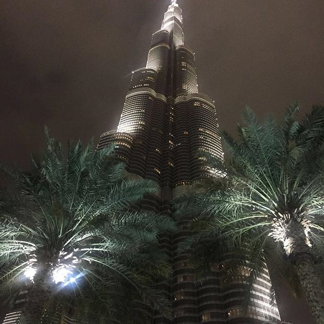Dubai✌🏻️ the best pics no filter #travelgram #dubai #picoftheday #pictureoftheday #bestoftheday #blog #beauty #cool #cute #burjkhalifa #nightlife #me #like4like #life #smile #tagsforlikes #cute #forever #girl #swag