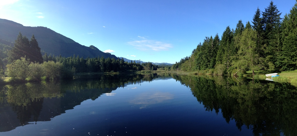 Summer 2013 & 2014: I have to be honest that neither of my trips to the Silver Lake Park campground in the Mt. Baker area was totally enjoyable. BUT I can say it's very beautiful under any circumstances.