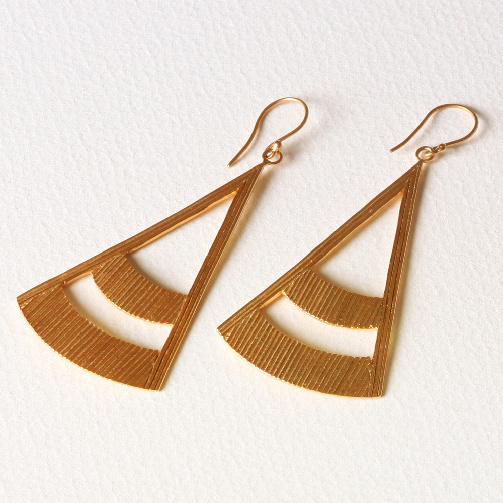 YW-E017  Wire Triangle Earrings.jpg