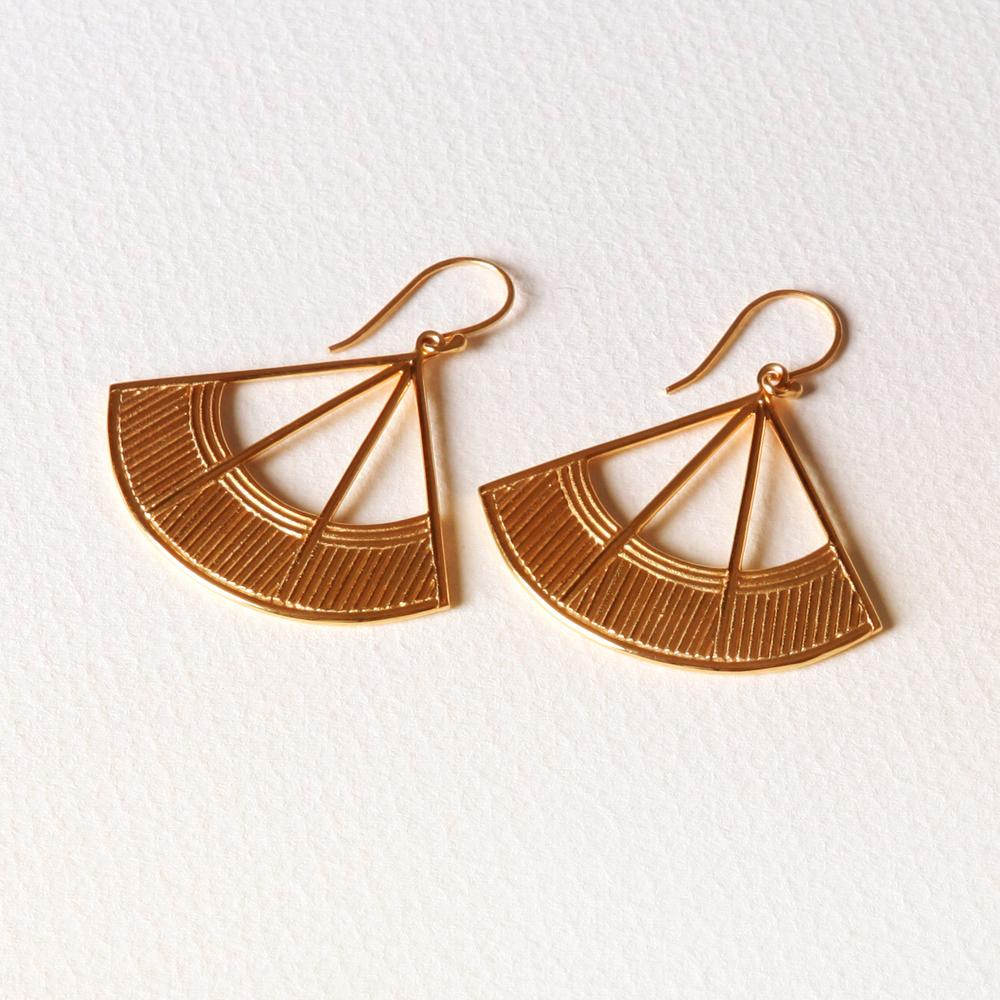 YW-E023  Fan Earrings.jpg