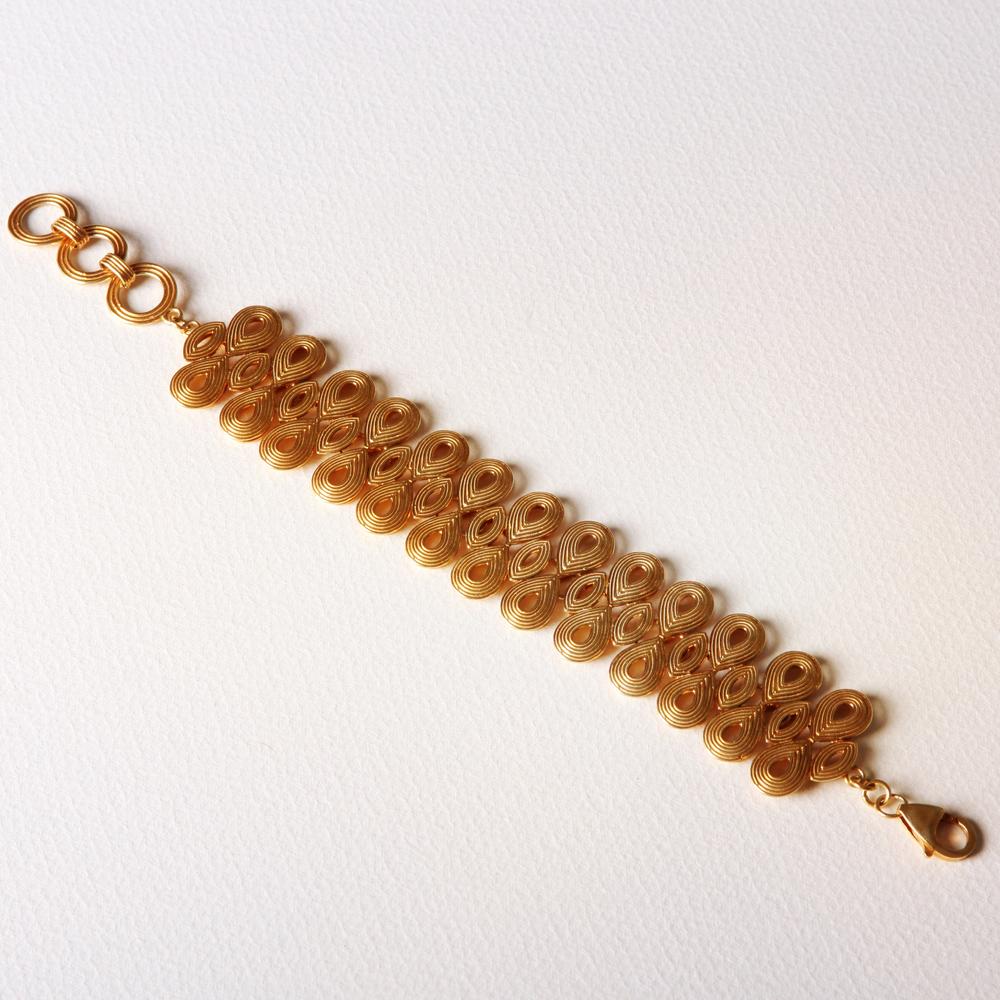 YW-C08 Multi Teardrop Bracelet.jpg