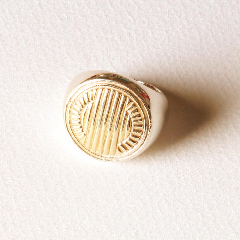 YW-R05  Moon Ring.jpg