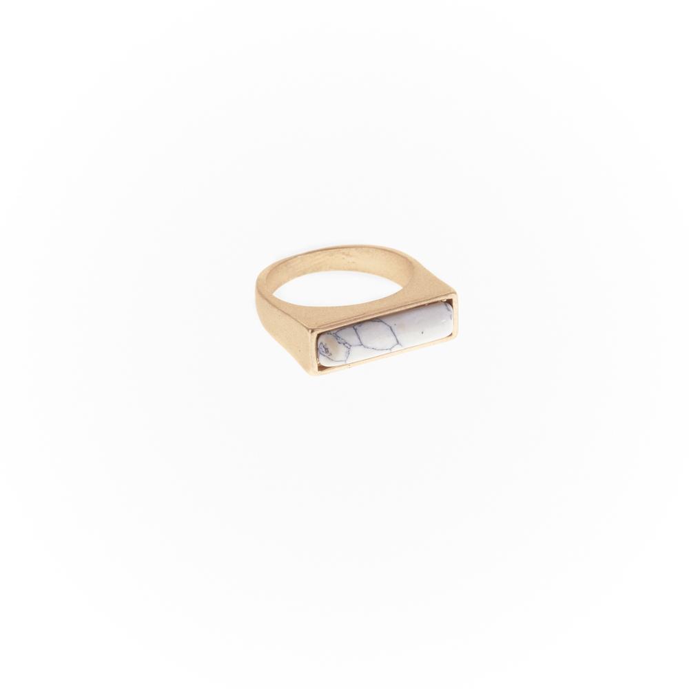 Faye ring gold.jpg
