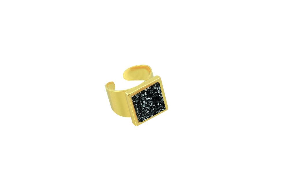 Copy of RF1623-Black _Larch ring.jpg