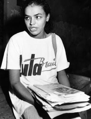 Uma militante acreana chamada Marina Silva, em campanha para Lula, menos de um ano depois da morte de Chico Mendes.