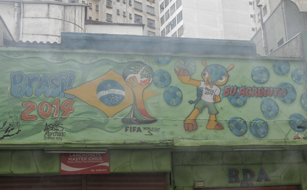 Cap. Salomão. Gás e Fuleco. Vai, Brasil!