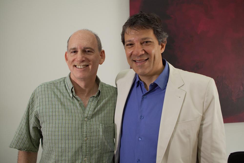 Ethan e Haddad no gabinete do prefeito
