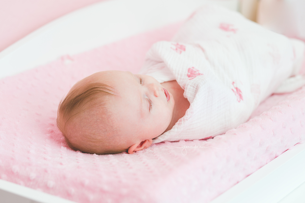 newborn-lifestyle-9.jpg