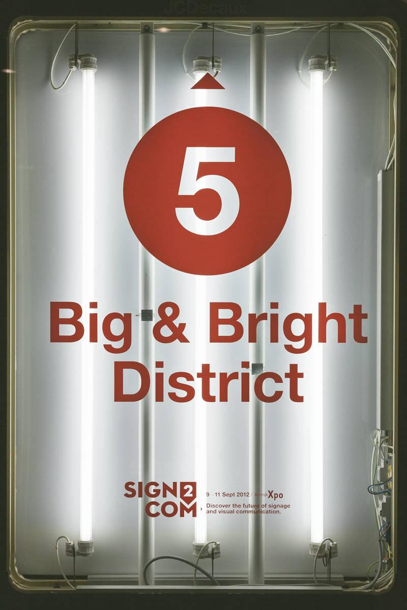 Sign2com 2012 Abribus