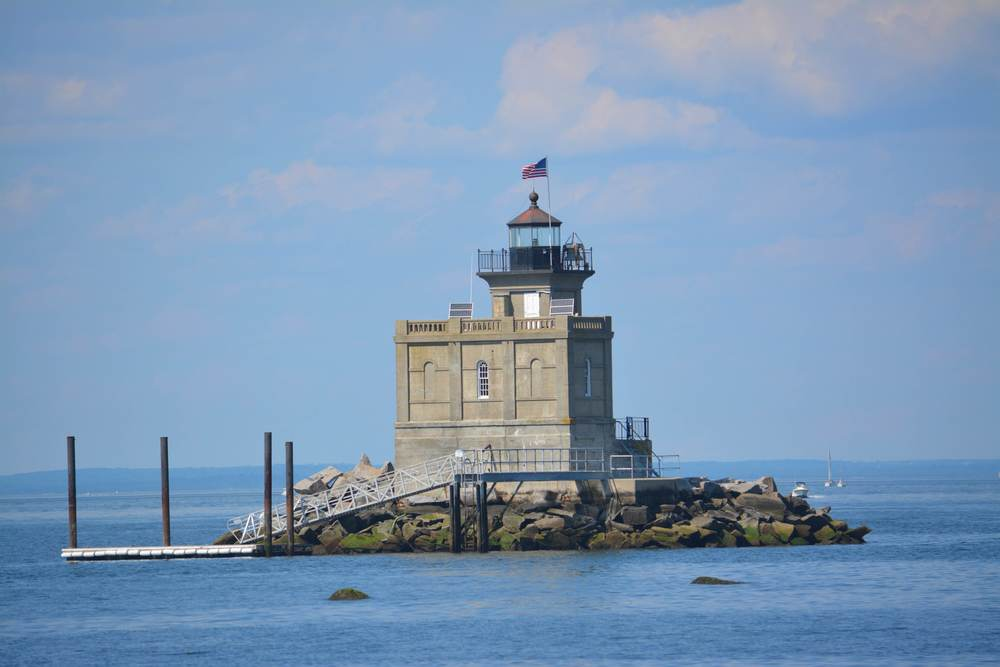 Fishing_HuntingtonLighthouse.jpg