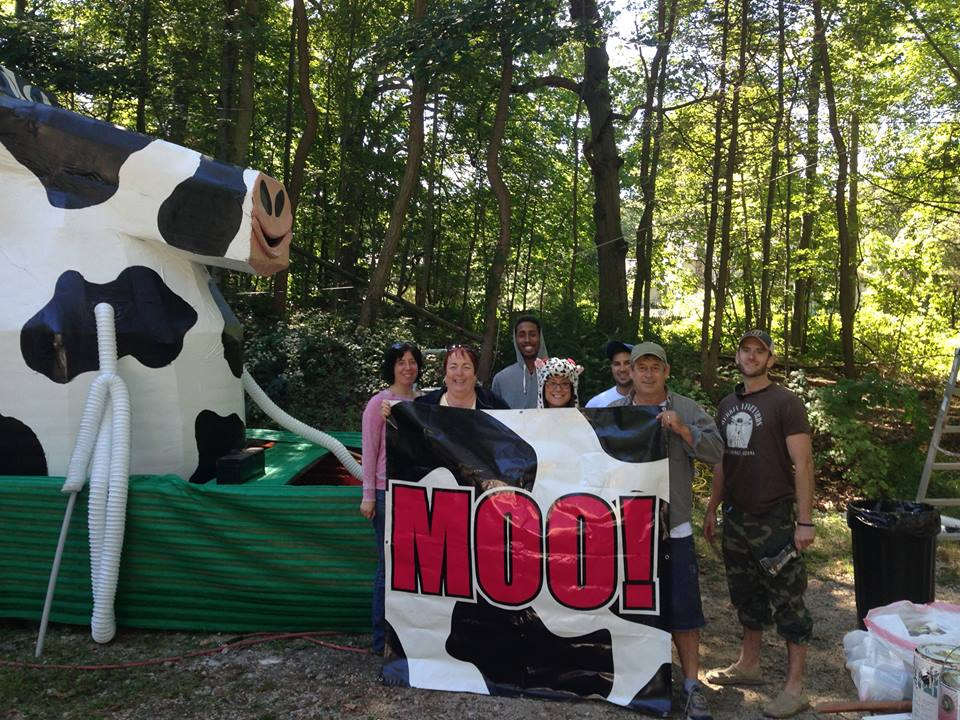 Leadership Huntington will be one of many embracing the cow motif this weekend as the annual Great Cow Harbor 10K takes over Northport Village.