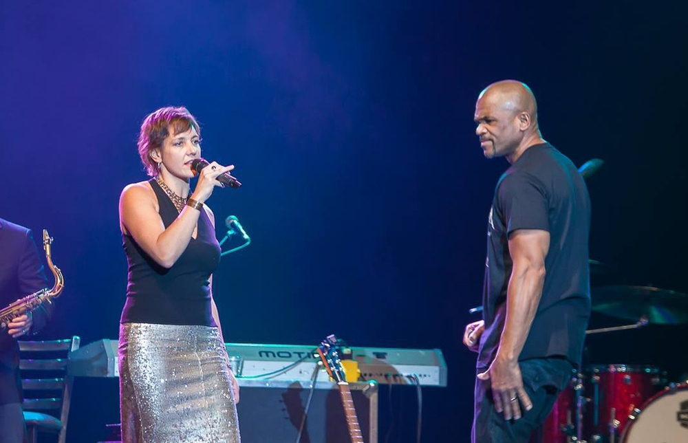 Huntington's Jen Chapin and Run DMC's Darryl McDaniels performed a folk-hip hop mash-up.