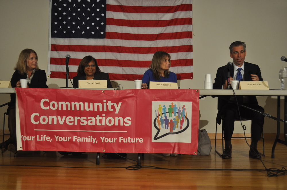 From left, Panelists Lydia Begley, Lorna Lewis, Lydia Bellino and facilitator Thomas Rogers discuss Common Core at the South Huntington Public Library Nov. 12. (Long Islander News photo/Danny Schrafel)