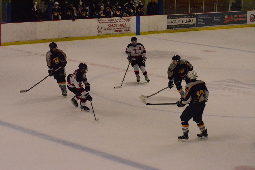 The Northport/Huntington Ice Hockey Club played against Half Hollow Hills last Sunday.