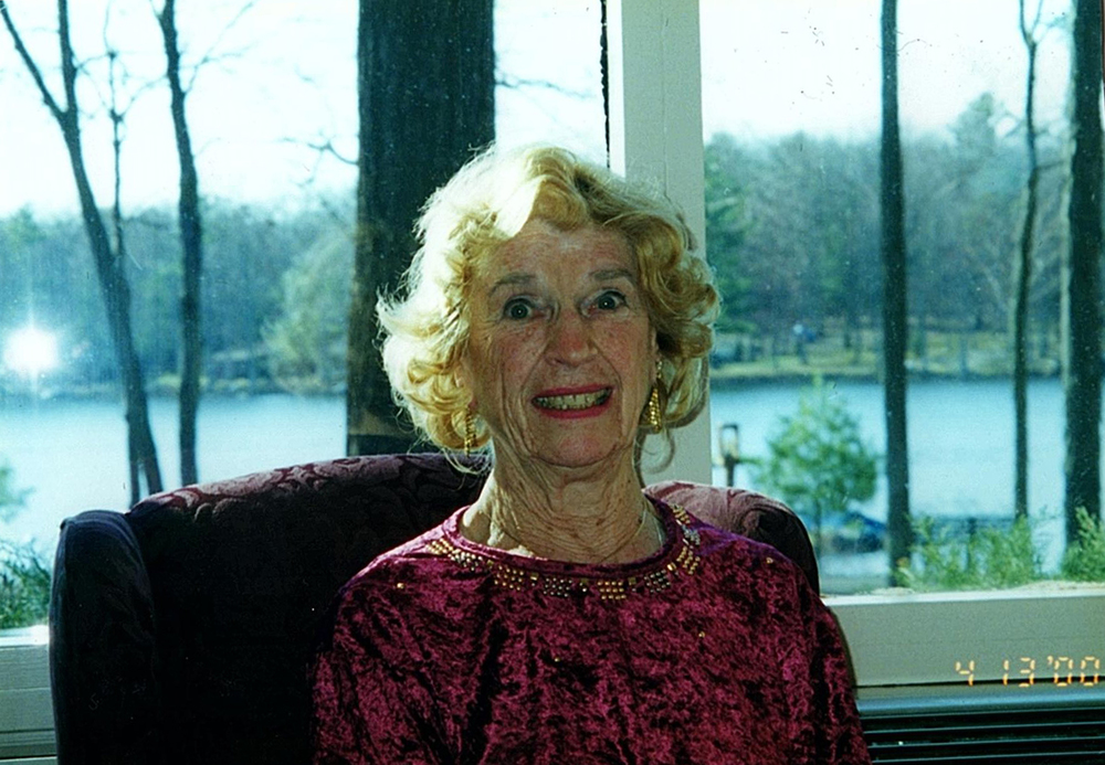 Ruth Semon Fahlbusch, a lifelong Huntington resident whose photos of parades and other events often appeared in Long Islander News papers, died on Dec. 7.
