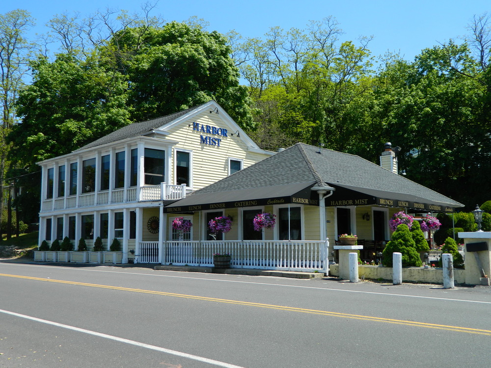 Harbor Mist restaurant at 105 Harbor Road in Cold Spring Harbor offers wondrous waterfront views to go alongside it new-American cuisine.