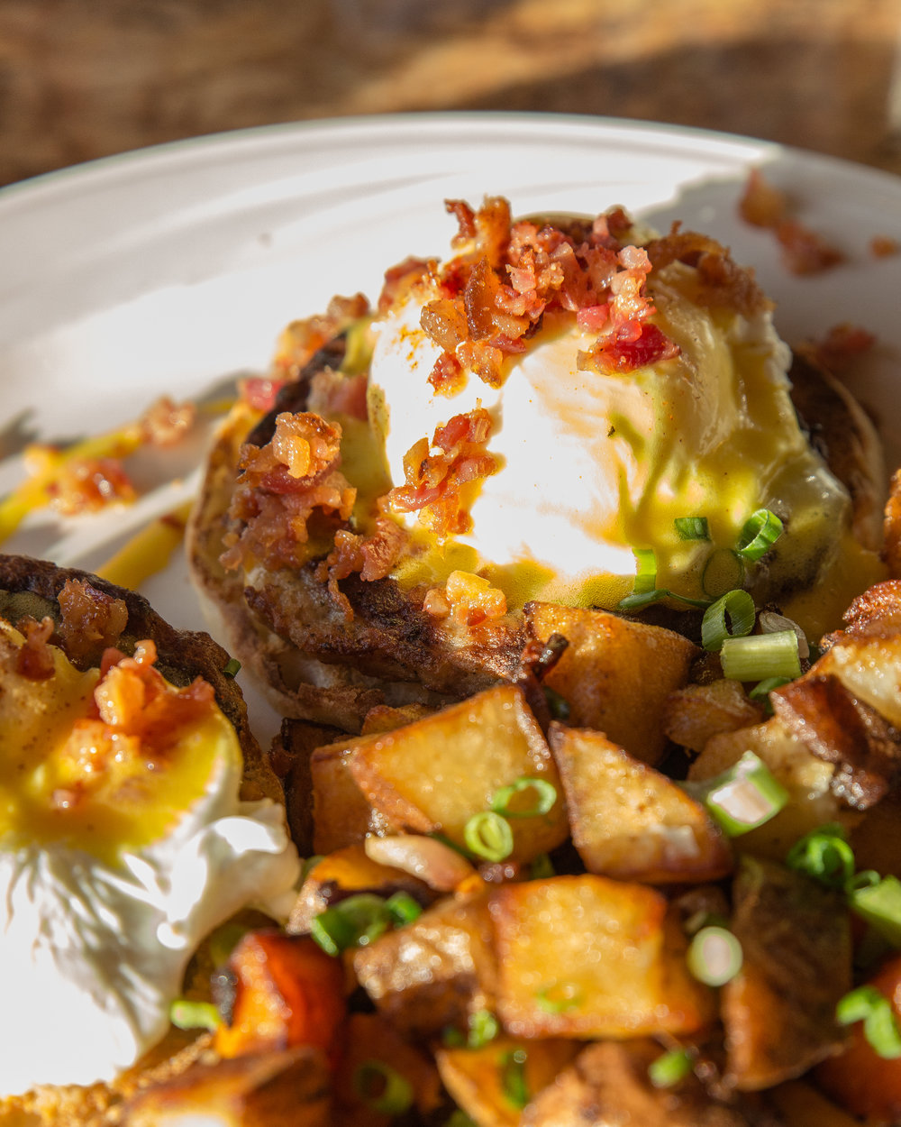 The Chef Benedict, is reminiscent of an open sandwich, serving up two poached eggs over sausage patties and English muffins, topped with Hollandaise and chopped bacon.