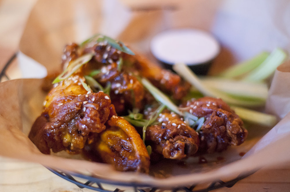 The Sesame Buffalo Wings are sweet and spicy, bringing together flavors and spices of Asian cuisine with a classic buffalo taste.