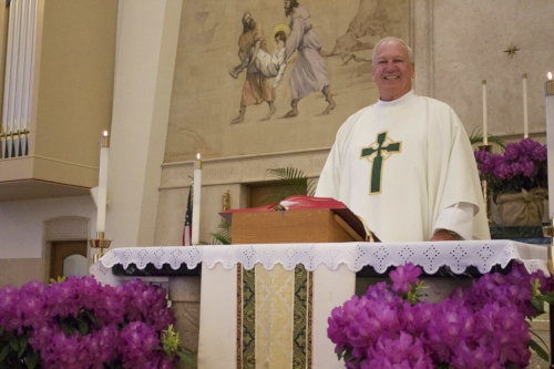 After serving as an associate priest at Saint Patrick's Roman Catholic Church in Huntington, Father Stephen Donnelly will be transferring to a new parish in June.