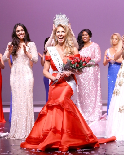 Photo by Eric Choy  Lidia Szczepanowski, a pageantry veteran from Dix Hills, is crowned Ms. World Elite.