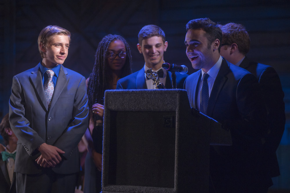 "The cast of ""Biloxi Blues"" won the award for ""Best Play on Monday"" at this year's Hunting-Tony Awards."