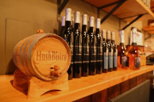 A second Hush Bistro location will soon replace Pomodoro in Huntington village.
