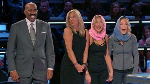 """Funderdome"" host Steve Harvey with, from left, Laurie Russo and her daughters Sarah and Melissa Wandursky on Episode 9 of the show, which aired last month.   Photo Courtesy of ABC/Funderdome"