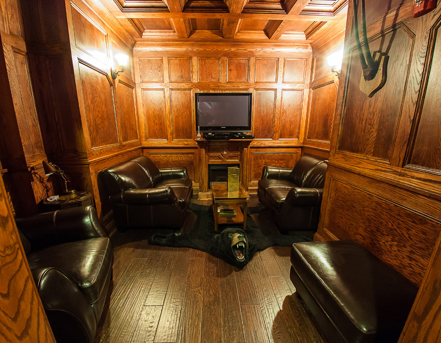 The wood-paneled Roosevelt Room is a tribute to TR, complete with bearskin rug and fireplace.