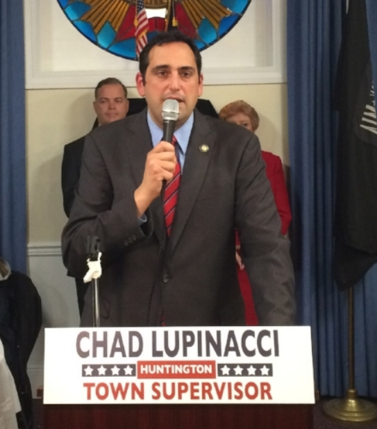 New Huntington Town Supervisor Chad Lupinacci thanks his supporters at Nathan Hale VFW Post 1469 in Huntington Station on Election Night.   Long Islander News Photo/Connor Beach