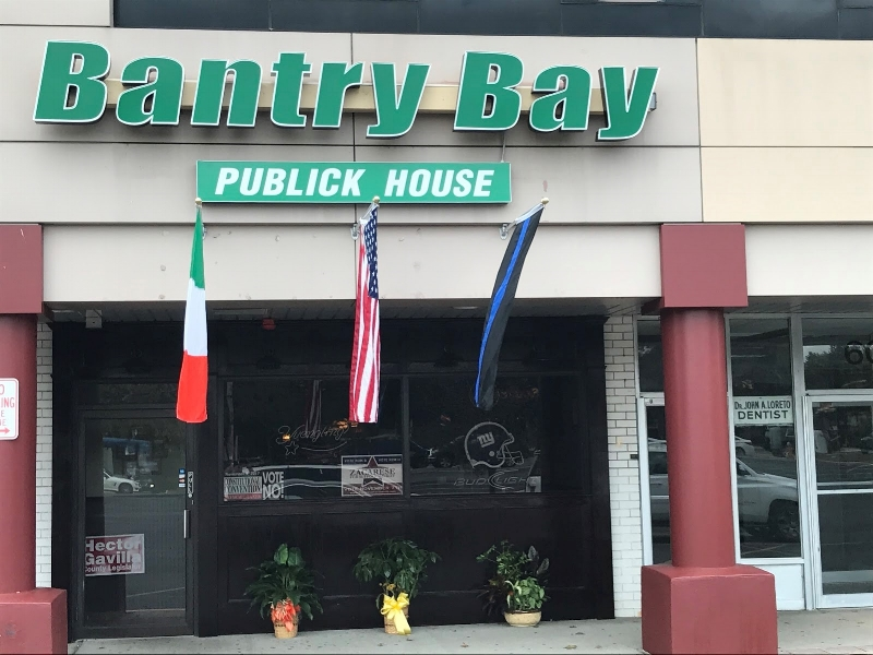 Enjoy classic Irish dishes and beer at Bantry Bay Publick House, an authentic Irish American bar.