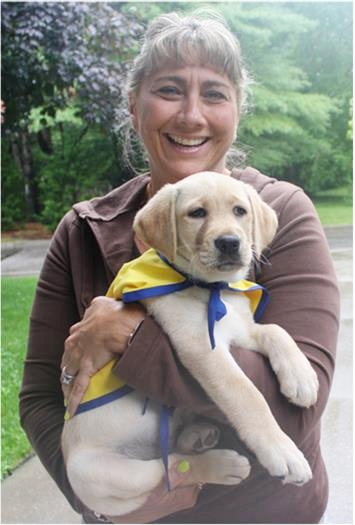 After a service dog was helpful to Cynthia DeStefanos daughter, the Northport mom is starting Orienne, a yellow Lab, a start on a career as a service animal.