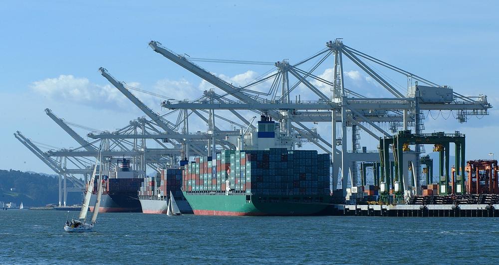 Ships at Dock POLA.png