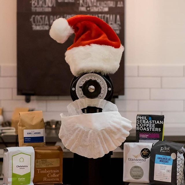Almost clean slate of coffee offerings! Holiday Hours: Dec. 24th: 8am-6pm Dec. 25th: 10am-4pm Dec. 26th: 8am-6pm  #holidayhours #chinatown #specialtycoffee