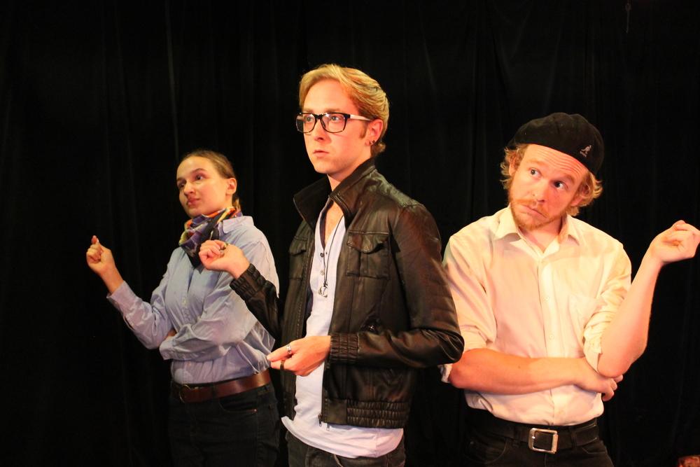 Ewa Mari Wojcik as Reignier, Nick Bosanko as Dauphin, and Kevin Percival as Alençon
