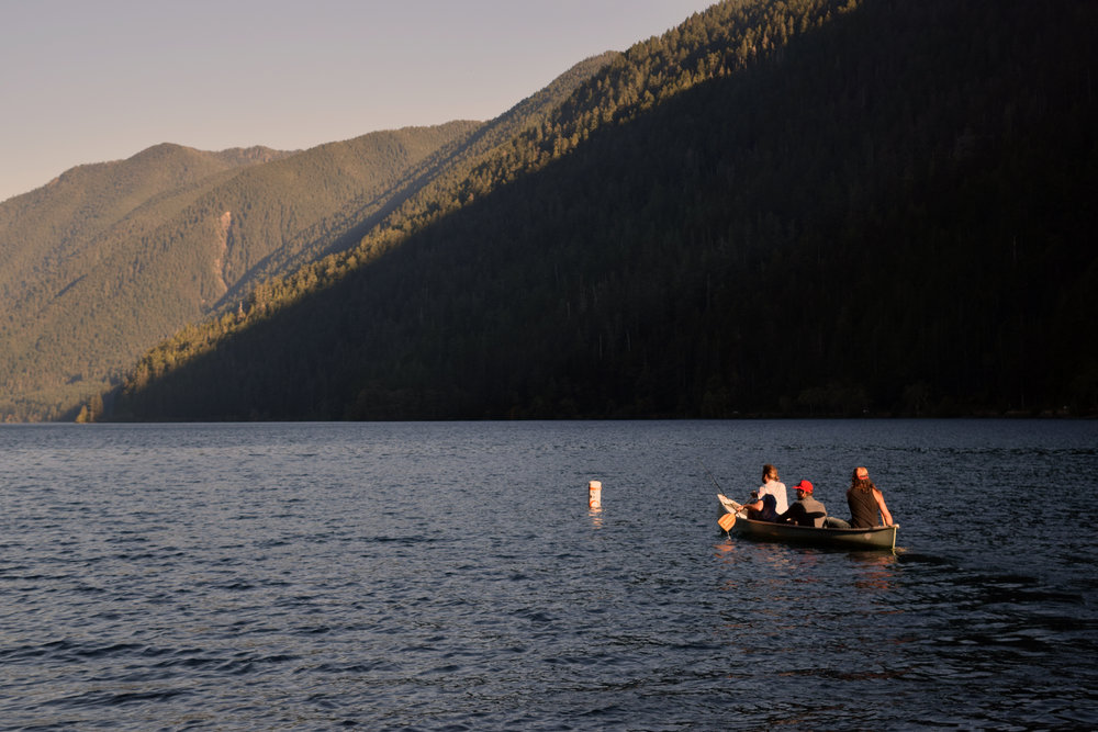 Lake_Crescnet