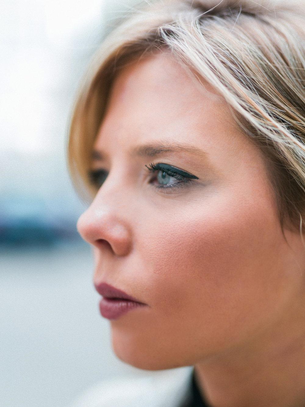 DanielleGirouxPhotography_Toronto_Portrait_StreetPhotography_0C6A1168.jpg
