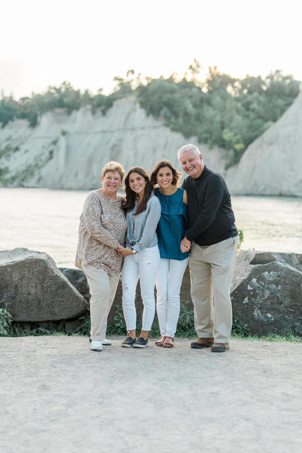 Danielle-Giroux-Amir-Golbazi-Genua-Family-Photography-Scarborough-Bluffs-9439.jpg