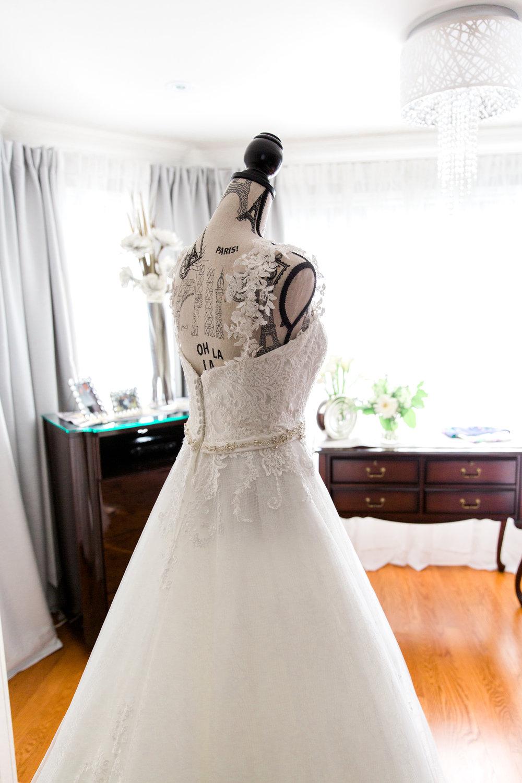 Danielle-Giroux-Amir-Golbazi-Toronto-Wedding-Photographer-Bellvue-Manor_DeLuca_1-056.jpg