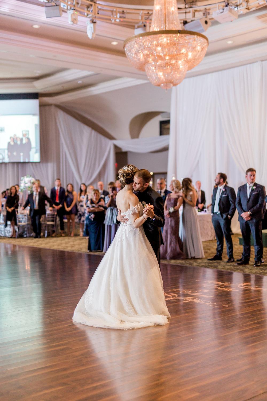 Danielle-Giroux-Amir-Golbazi-Toronto-Wedding-Photographer-Bellvue-Manor_DeLuca_2-364.jpg