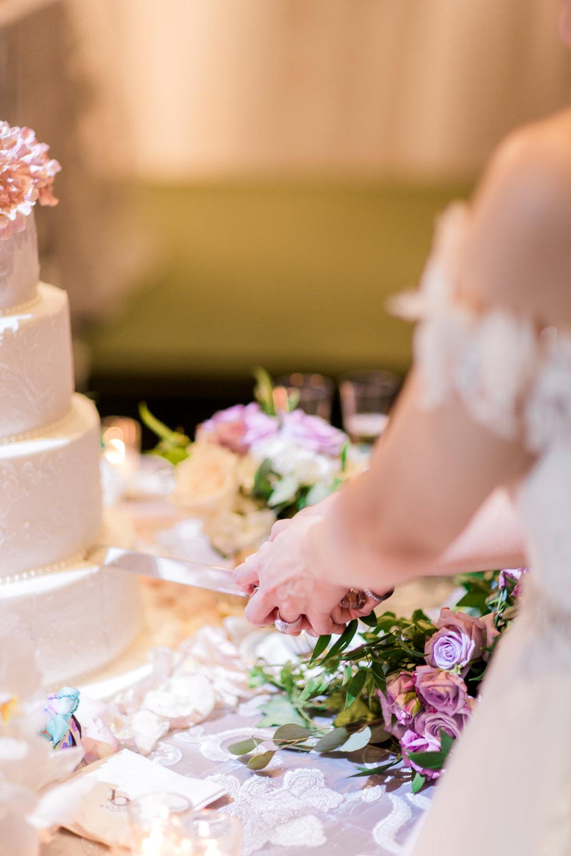 Danielle-Giroux-Amir-Golbazi-Toronto-Wedding-Photographer-Bellvue-Manor_DeLuca_2-641.jpg