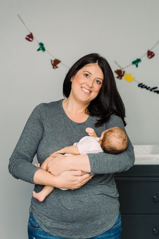 Danielle-Giroux-Toronto-Newborn-Photography_Lindsay-Sunil_Baby-Max_050.jpg