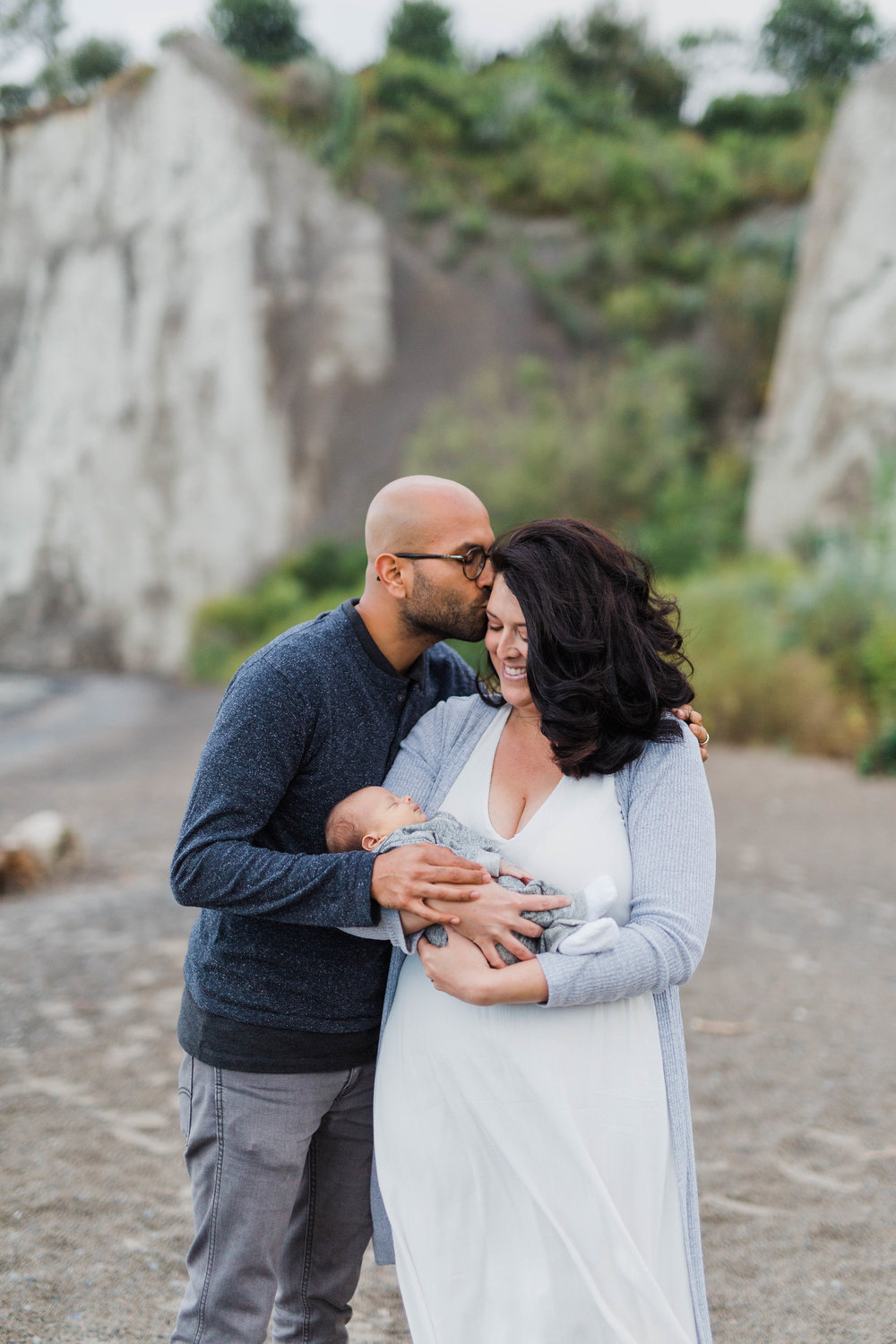 Danielle-Giroux_Lindsay-Sunil_Newborn-Session_Scarborough-Bluffs_-0061.jpg