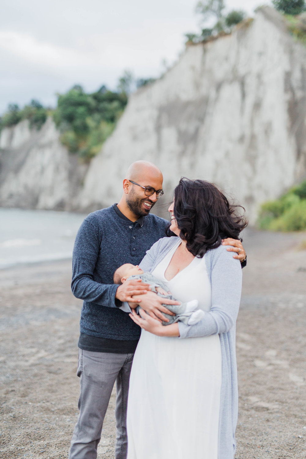 Danielle-Giroux_Lindsay-Sunil_Newborn-Session_Scarborough-Bluffs_-0056.jpg