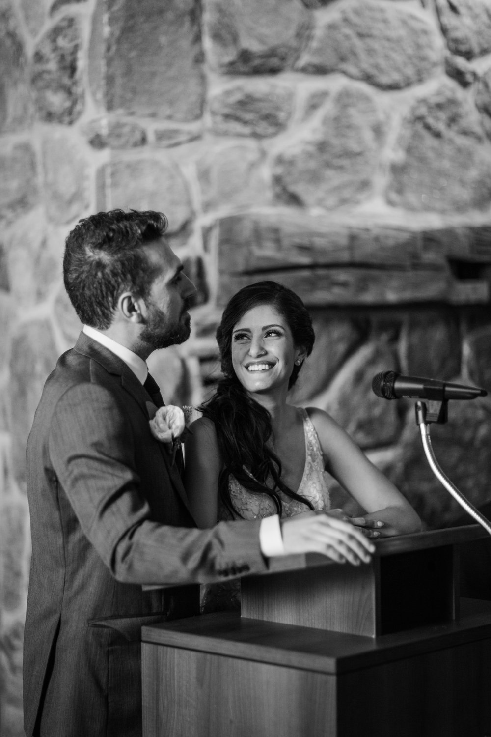 Amir-Golbazi-Danielle-Giroux-Photography_Toronto-Wedding_Cedarwood_Rachel-Paul_718.jpg