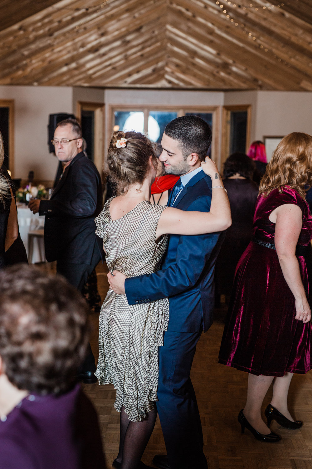 Amir-Golbazi-Danielle-Giroux-Photography_Toronto-Wedding_Cedarwood_Rachel-Paul_798.jpg
