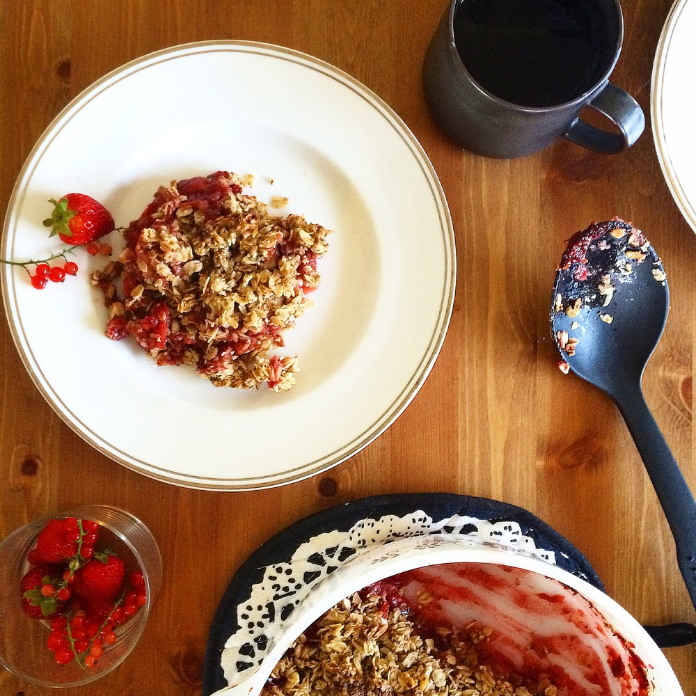 strawberry rhubarb baked oatmeal with rosewater and ginger - free of gluten dairy sugar corn and vegan - my natural kitchen