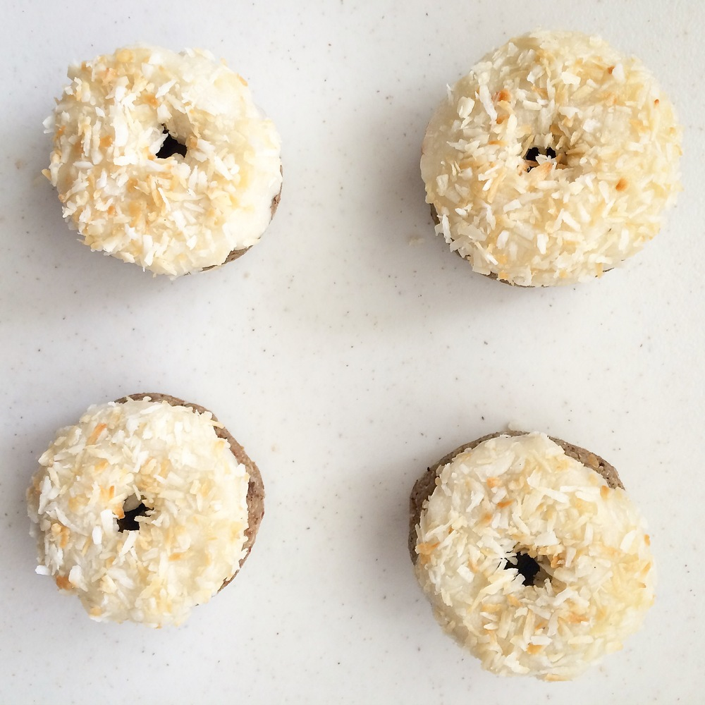 Coconut Frosted Vanilla Donuts (gluten free, vegan, raw) // My Natural Kitchen